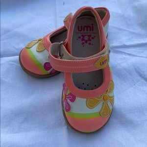Umi Floral Mary Janes size 7
